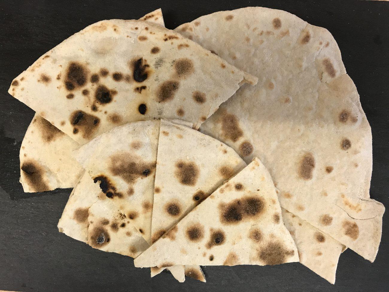 Chapati (roti, safati, shabaati, phulka, roshi)